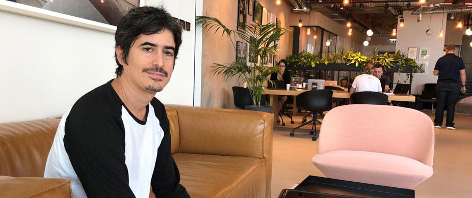 Uriel Peled のインタビュー風景写真