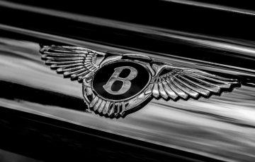 初のビットコイン決済は「レストラン経営者」話題の高級車ディーラーがBentleyを売却