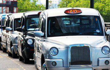 タクシー運転手の副業はビットコイン販売?ロンドンで密かに話題の「Crypto Cabbie」