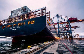 貿易産業を変革するブロックチェーン技術「分散型管理」で輸入・輸出の問題改善へ