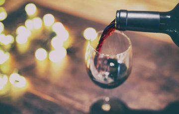 ブロックチェーンでワインの流通管理「TATTOO Wine Platform」を発表:世界4大会計事務所EY