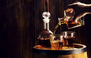 ブロックチェーンで「バーボンウイスキー」をトークン化|投資可能なデジタル資産に